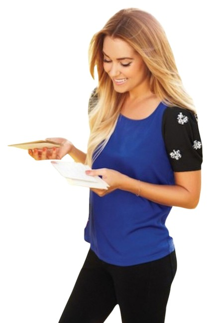 Preload https://item1.tradesy.com/images/lc-lauren-conrad-blue-black-blouse-size-0-xs-3982150-0-0.jpg?width=400&height=650