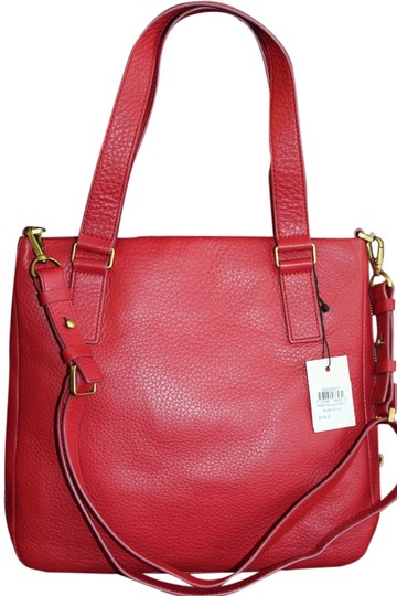 Preload https://item4.tradesy.com/images/fossil-ruby-wine-leather-cross-body-bag-3982813-0-0.jpg?width=440&height=440