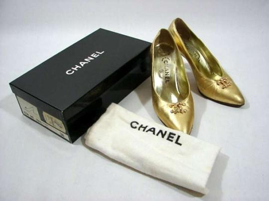 Chanel Heels Cc Logo Crystal Cc Gold Pumps