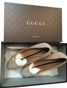 Gucci Pink Nude Pumps