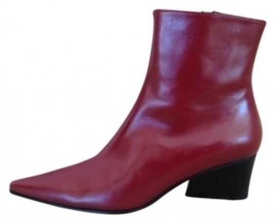 Preload https://item5.tradesy.com/images/red-the-vibrato-ankle-style-147637-pointy-toe-bootsbooties-size-us-85-regular-m-b-39834-0-0.jpg?width=440&height=440
