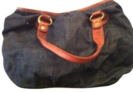 Preload https://img-static.tradesy.com/item/39835/lucky-brand-large-blue-denim-and-brown-leather-satchel-0-0-540-540.jpg