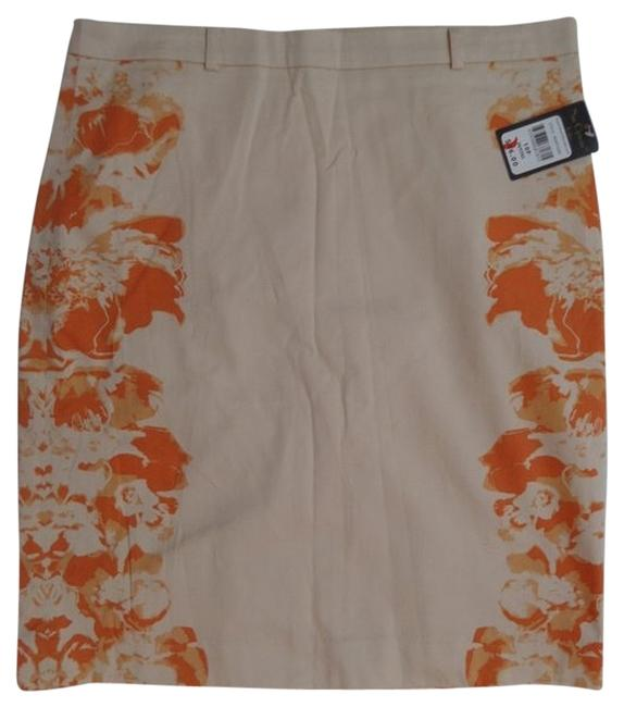 Preload https://item2.tradesy.com/images/nue-by-shani-options-nwt-skirt-peach-with-orange-floral-print-3983626-0-0.jpg?width=400&height=650