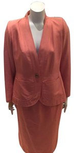 Saint Laurent Gorgeous Vintage YSL YES SAINT LAURENT Peach Skirt Suit Size 8