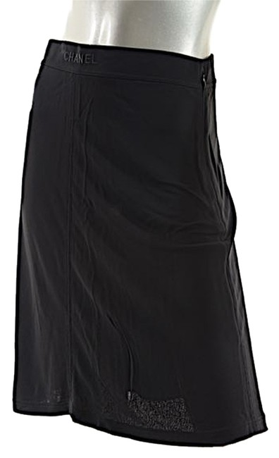 Preload https://item3.tradesy.com/images/chanel-black-rayon-jersey-a-line-unlined-42us8-c1997p-france-knee-length-skirt-size-8-m-29-30-3985252-0-0.jpg?width=400&height=650