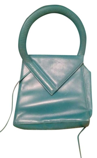 Preload https://item1.tradesy.com/images/charles-jourdan-vintage-turquoise-leather-shoulder-bag-398550-0-0.jpg?width=440&height=440