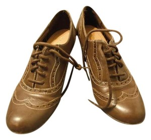 Eurostep Heel Oxford Laces Brown Boots