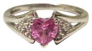 Helzberg Diamonds Pink Heart Stone 10k Gold Ring
