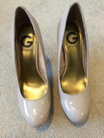 Guess Beige Patent Leather Nude Pumps
