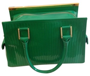 Ted Baker Unique With Room Interior Signature Saddle Interior Satchel in Green