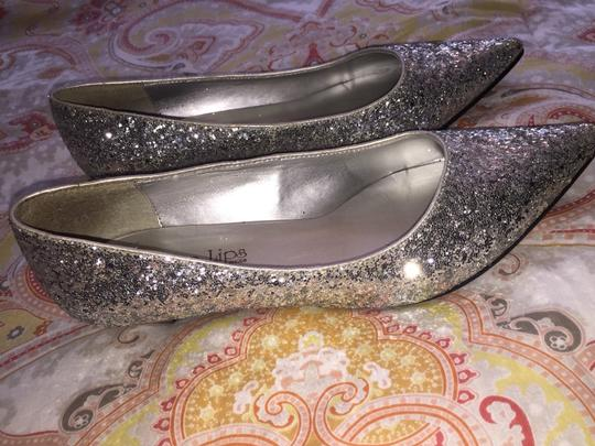 Two Lips Silver Pumps