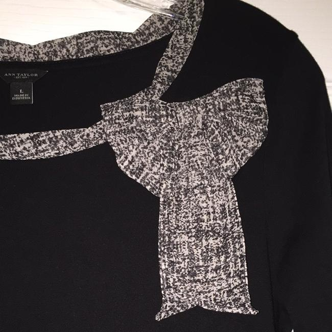 Ann Taylor Top Black With Print Bow Image 1