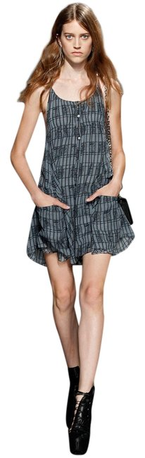Preload https://item1.tradesy.com/images/theory-delic-mid-length-short-casual-dress-size-2-xs-3994930-0-0.jpg?width=400&height=650