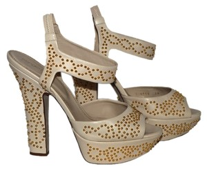 Sergio Rossi Beige / Gold Pumps