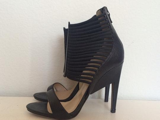 Nicholas Kirkwood Black Pumps