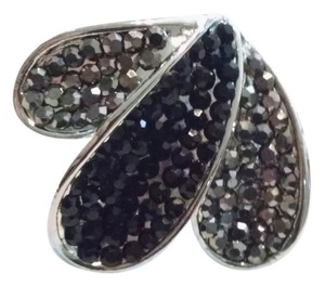 New Ring Size 7 Black & Gray Crystals Flower Pedals J1016 Summersale