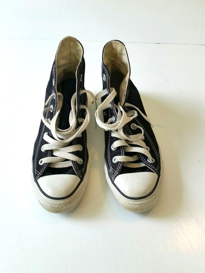 Converse All Star Chuck Taylors Chuck Taylor High Hi Tops Lace Ups Men's Size 4 Women's Size 6 Black Athletic