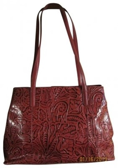 Preload https://img-static.tradesy.com/item/39999/coldwater-creek-with-embossed-design-dark-red-faux-leather-tote-0-0-540-540.jpg
