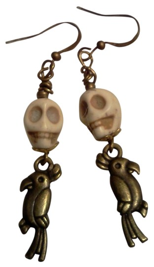 Other New never worn skull with parrot hook style earrings