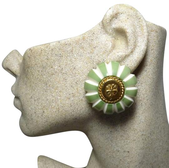 Preload https://item1.tradesy.com/images/chanel-green-white-gold-plated-vintage-lucky-4-leaf-clover-shamrock-clip-collectors-item-earrings-4002115-0-0.jpg?width=440&height=440