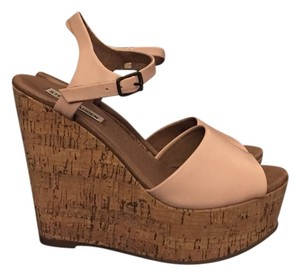 Steve Madden Light Pink Wedges