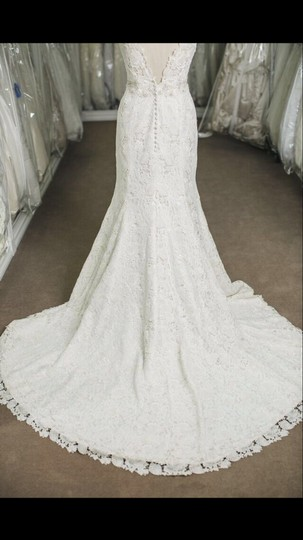 Eve of Milady Ivory Guipure Lace Silk Lining 4314 Modern Wedding Dress Size 8 (M)
