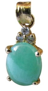18K Solid Yellow Gold Natural Jade and Diamonds Pendant