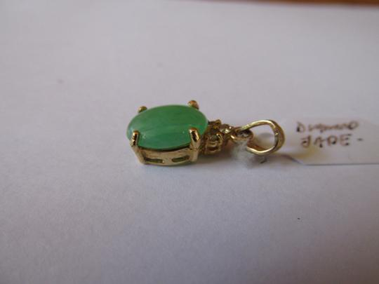 Other 18K Solid Yellow Gold Natural Jade and Diamonds Pendant