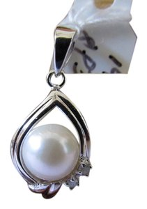 14K Solid White Gold Natural Pearl and Diamond Pendant