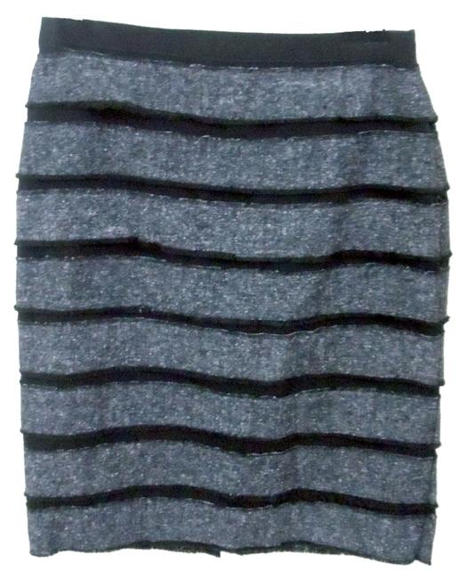 Preload https://item4.tradesy.com/images/worthington-multicolor-two-tone-black-and-grey-tweed-knee-length-skirt-size-6-s-28-4004668-0-0.jpg?width=400&height=650