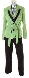 Le Suit LE SUIT NEW Tuileries Green Contrast Trim Long Sleeves Pant Suit