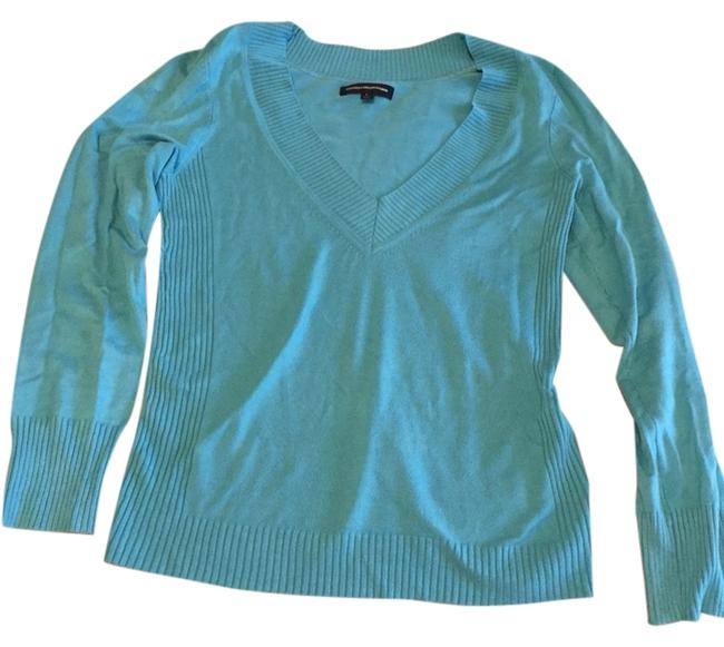 Preload https://item5.tradesy.com/images/express-blue-v-neck-sweaterpullover-size-12-l-4005784-0-0.jpg?width=400&height=650