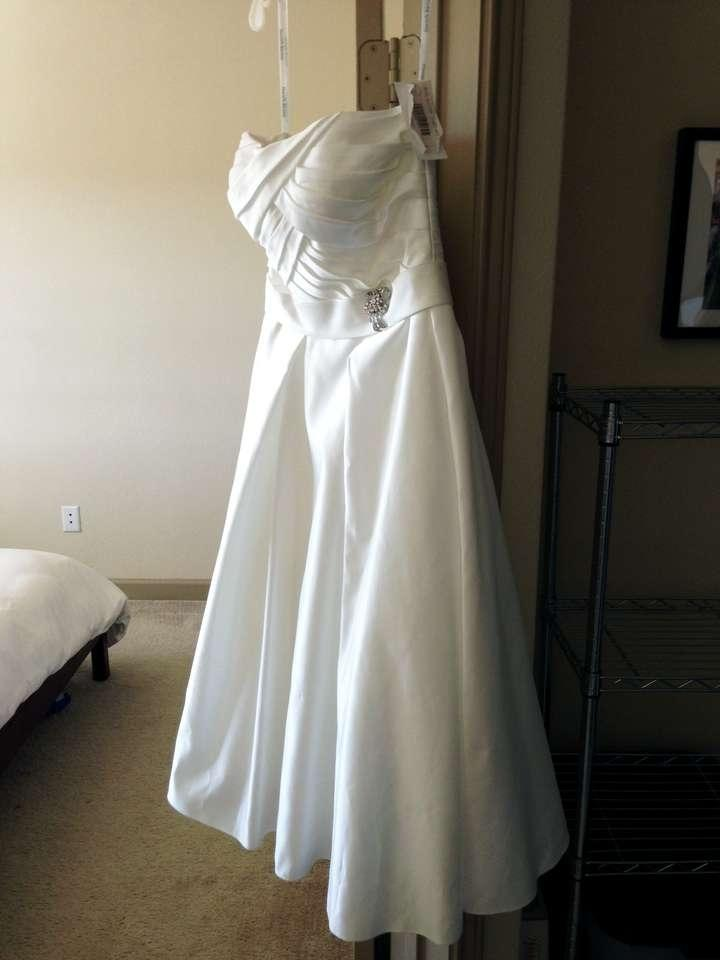 how to get wrinkles out of organza wedding dress