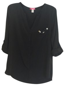 Six degrees of resolution Top Black with front pocket rinestone decor