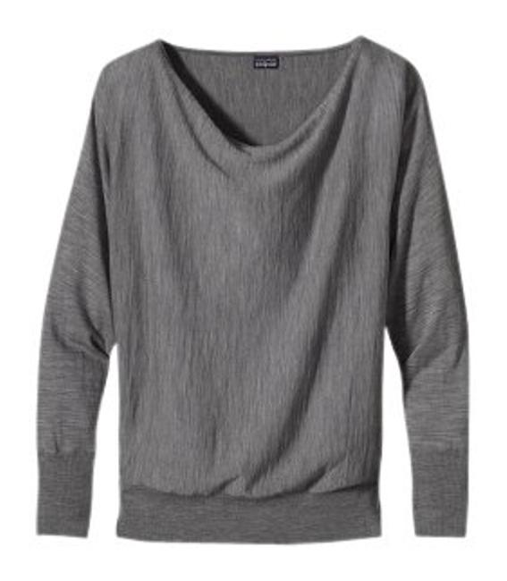 Preload https://item1.tradesy.com/images/patagonia-feather-grey-little-sur-merino-sweaterpullover-size-6-s-40070-0-0.jpg?width=400&height=650