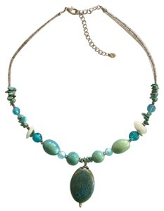 Turquoise and White 17 inch necklace