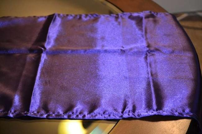Item - Purple 6 New Satin Table Runners Tablecloth