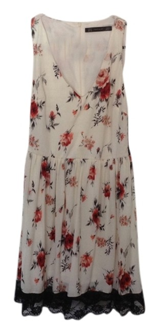 Preload https://item3.tradesy.com/images/zara-flower-printed-a-must-summer-from-above-knee-short-casual-dress-size-8-m-4010482-0-0.jpg?width=400&height=650