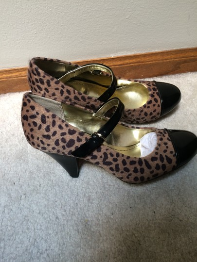 Style & Co Natural Leopard Pumps