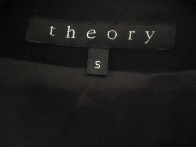 Theory Cropped black Jacket