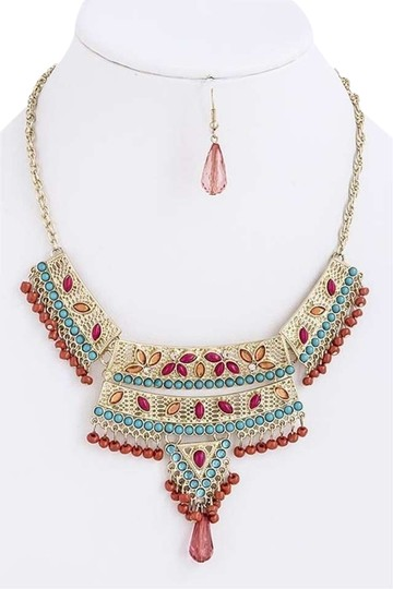 Preload https://img-static.tradesy.com/item/401227/multi-color-ethnic-style-color-bead-set-necklace-0-0-540-540.jpg