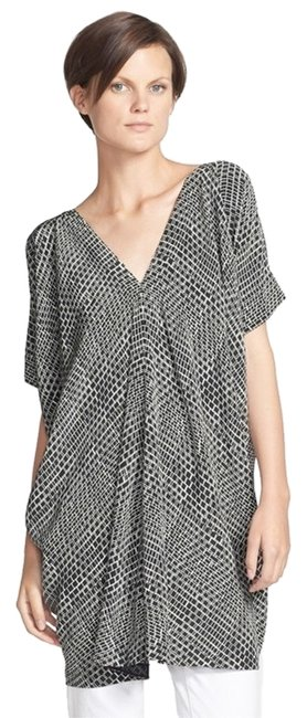Preload https://item1.tradesy.com/images/vince-silk-tunic-mid-length-workoffice-dress-size-0-xs-4014445-0-0.jpg?width=400&height=650