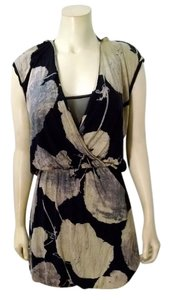 Rachel Roy short dress black, beige Summer Size X-small P1448 on Tradesy