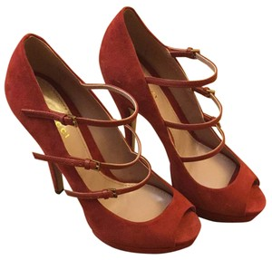 Gucci Rusty Red Pumps