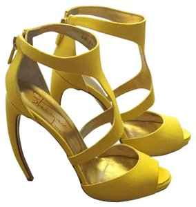 Walter Steiger Yellow Pumps