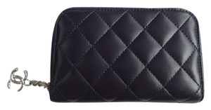 Chanel Chanel Lambskin Navy Card Holder A46207Y01480