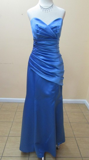 DaVinci Bridal Cornflower Satin 9263 Modern Bridesmaid/Mob Dress Size 8 (M)