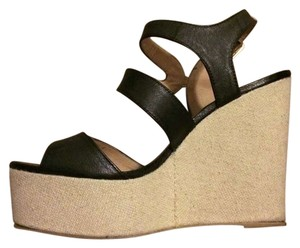 Steve Madden Black/Beige Wedges