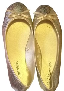 Chatties Gold Flats