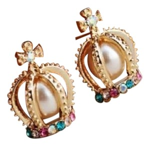Popular Pearl Crowns Rhinestone Earrings NWT
